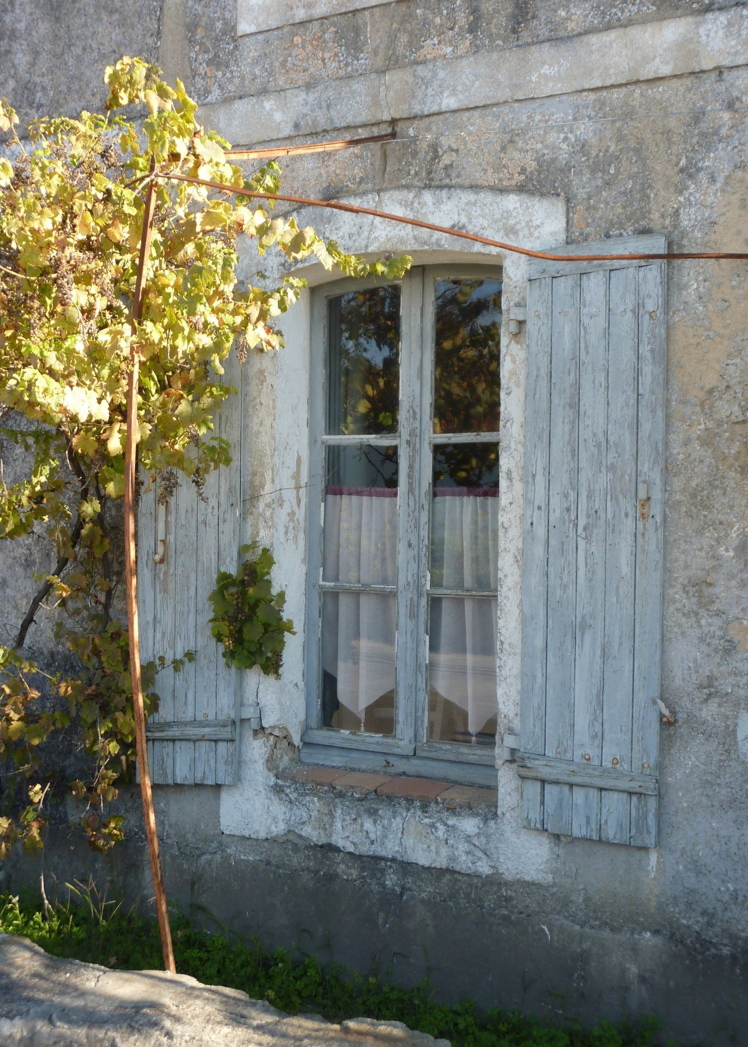 Rue de père Crêpier - bd Perroy.jpg