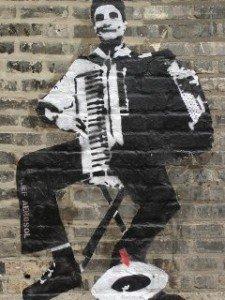 Chantez avec moi... dans AU FIL DU TEMPS... 2 Chicago2005_accordionhat3-225x300